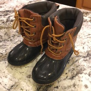 Boys Size 9/10 Gap Duck Thinsulate Boots